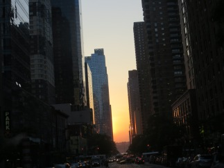 Manhattanhenge in NYC's urban jungle